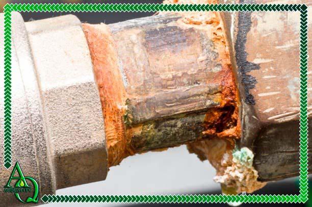 Limpeza de cano de água enferrujado